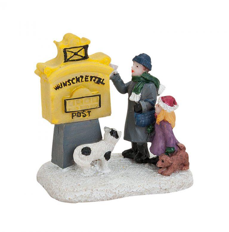 Wunschzettelbriefkasten-mit-Kindern